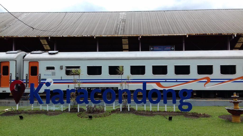 Stasiun Kiara Condong