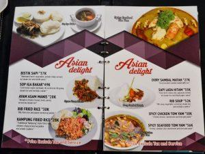 Menu makanan Asia di Cafe Tangga Tubagus Ismail