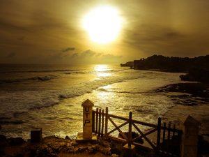 Senja di Pantai Kukup,