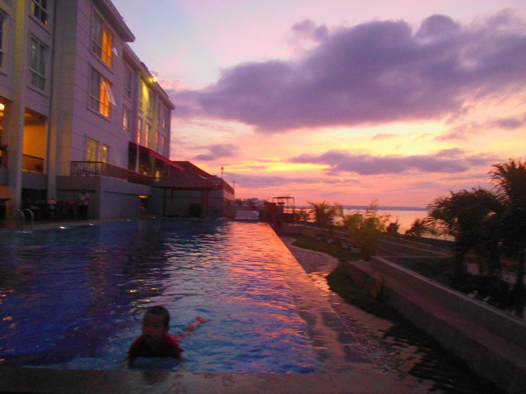 Senja di Kupang bersama Shakti